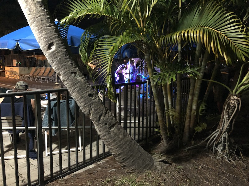 There was a very good live band on Friday night at the pool area